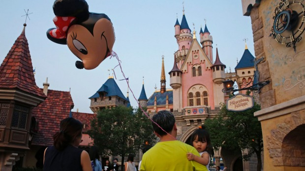 disney expansion in sydney In documents submitted this week to hong kong's legislature , disney has agreed to an equal split of the $141 billion (hk$109 billion) expansion and upgrade of the park, though it currently.