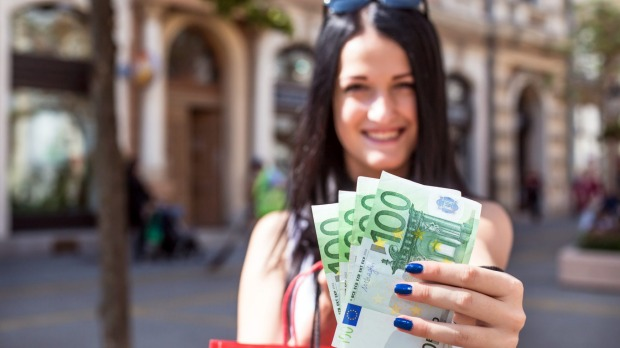 top 10 smartest ways to travel with money cash credit cards