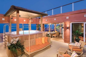 Norwegian Jewel - three-bedroom Garden Villa Patio with private hottub.