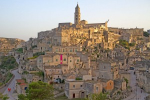 Sasso Barisano, topped by Matera's cathedral.