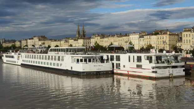 The Garonne winds its way through beautiful Bordeaux.