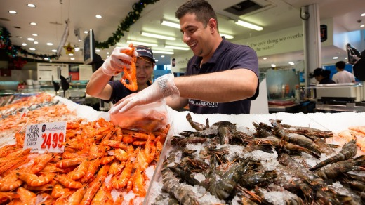 For many Australians, a traditional Christmas dinner means bucket-loads of seafood.