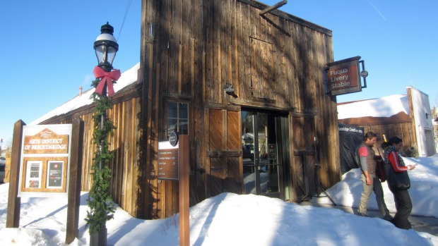 Vail may be renowned for its wintersports but there's art and other attractions to see while in the town itself.