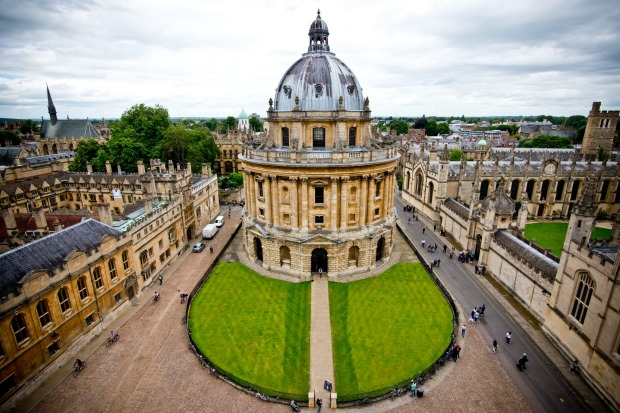 This photo of the Radcliffe Camera Library was taken last August on my first trip to Oxford, UK more importantly I'm ...