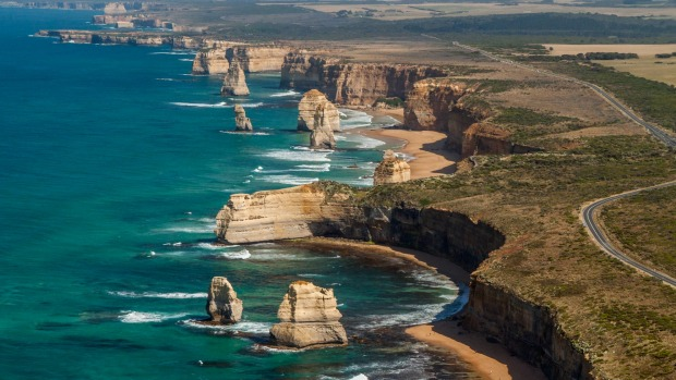 Oversold Australia Ten Major Attractions That Don T Live