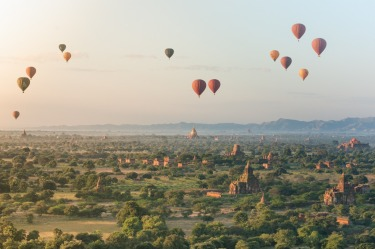 Having seen images of Bagan, a visit to Myanmar became an objective for me. Thanks to the slight opening that started ...