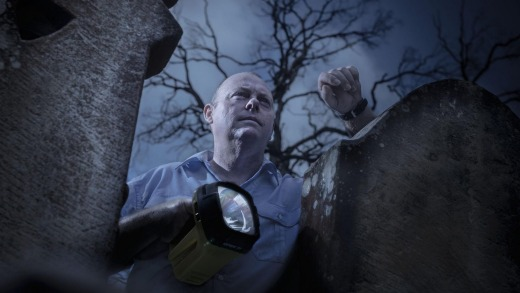Pete Clifford (aka Paranormal Pete), of Blue Mountains Mystery Tours, goes looking for chills in Hartley Vale cemetery.