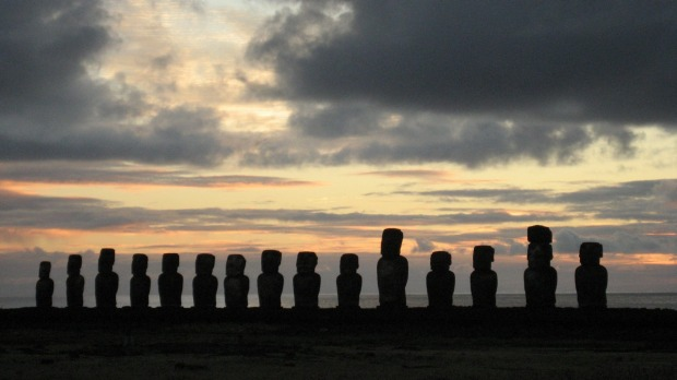 Haunting: Easter Island.