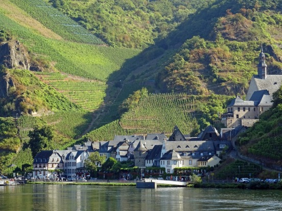 Cochem from the Moselle River.