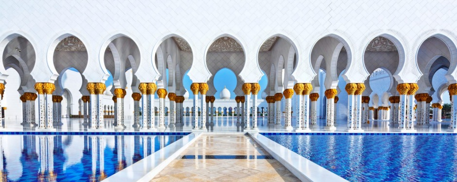 The famous Grand Mosque or Sheikh Zayed Mosque is a highlight of Abu Dhabi, UAE.