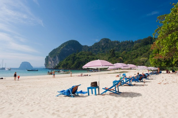 Sun lounges and parasols on Farang Beach, Ko Muk.