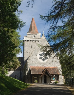 The church that the royal family attend when in residence at Balmoral Castle.