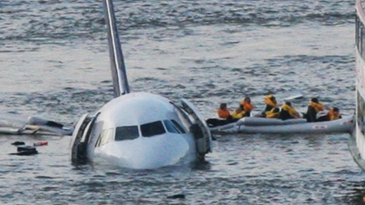 Passengers are rescued from the Airbus 320 US Airways plane in the Hudson River in New York on January 15, 2009.