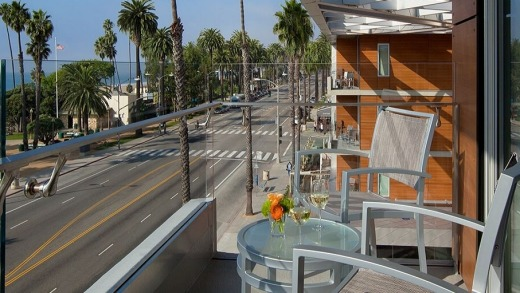 the shore hotel santa monica offers free room upgrade for. Black Bedroom Furniture Sets. Home Design Ideas