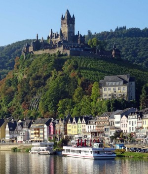 Cochem and Reichsburg Castle on the Moselle River in Germany.