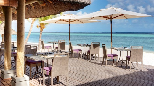 Beachside dining at Lux Le Morne.