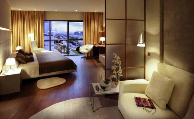 8 PULLMAN BARCELONA SKIPPER, BARCELONA: What gives this mainstream hotel a hip edge? Perhaps its location just beyond ...