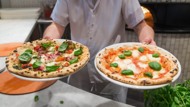 Nicli Antica Pizzeria: This apparently simple pizzeria may be named after the chef's grandfather, but happily eschews ...