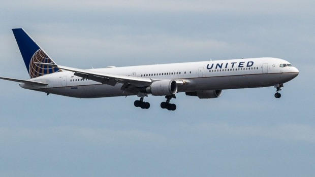 United Airlines has apologised for putting a teenager on a flight to Germany instead of Sweden.