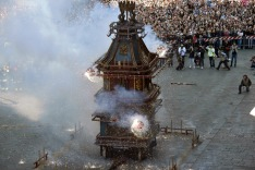 People attend the ' Scoppio del Carro ' (Explosion of the Cart) Easter Sunday traditional parade, in Florence, Italy, ...