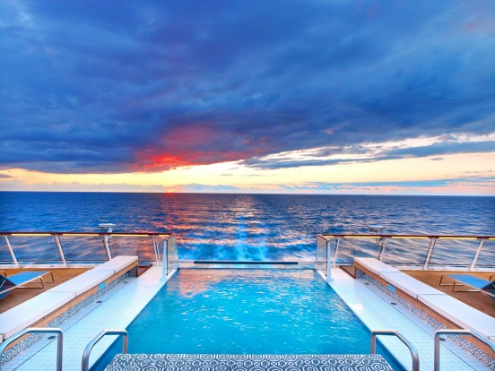 The pool on Viking Sky.