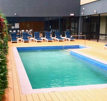 The outdoor pool at The PARKROYAL Parramatta.