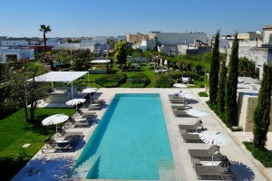 The pool is set in beautifully landscaped gardens.