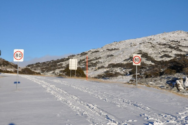 Snow covered road to Perisher Ski Resort.