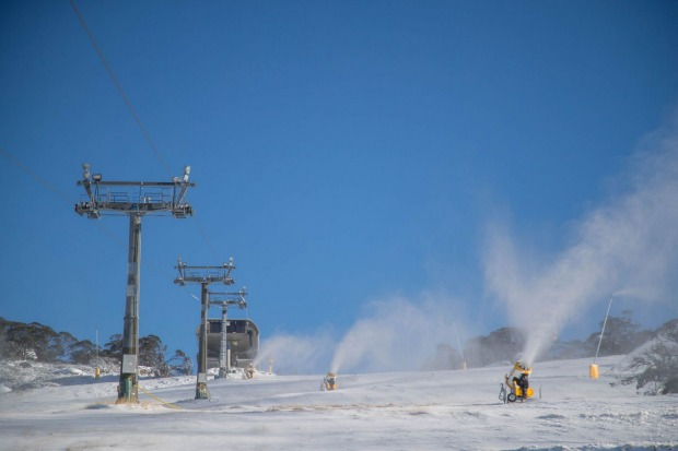 Perisher Ski Resort- Snow machines and ski lift dusted in snow