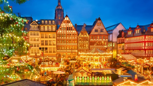 Traditional Christmas market in Frankfurt, Germany.