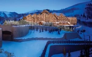 The imposing Montage Deer Valley sits atop Empire Pass at 2529 metres. There are 220 guestrooms and suites as well as ...