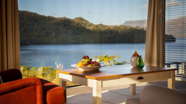Solitaire Lodge has 10 suites with panoramic water views and some with Mount Tarawera vistas.