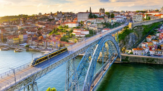 The Douro River and Dom Luis I Bridge, Porto.