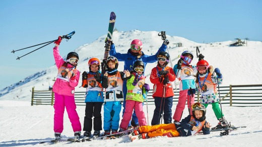 Kids enjoy a lesson from a Mount Buller instructor.