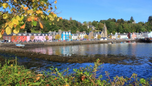 The colourful old town of Tobermory.