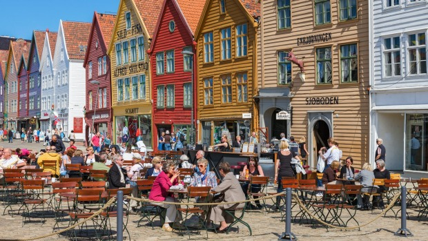 Dining in the sunshine in Bergen.
