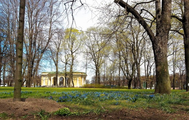 Spring Almost !In beautiful St Petersburg, Spring arrived late this year after late snows. This Mihailovsky park is ...