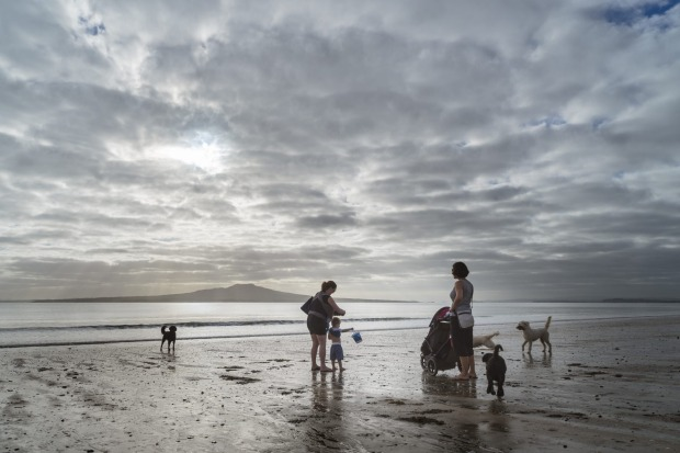 The Maori call New Zealand 'Aotearoa' or 'Land of the long white cloud'. Recently I went to Auckland and captured these ...
