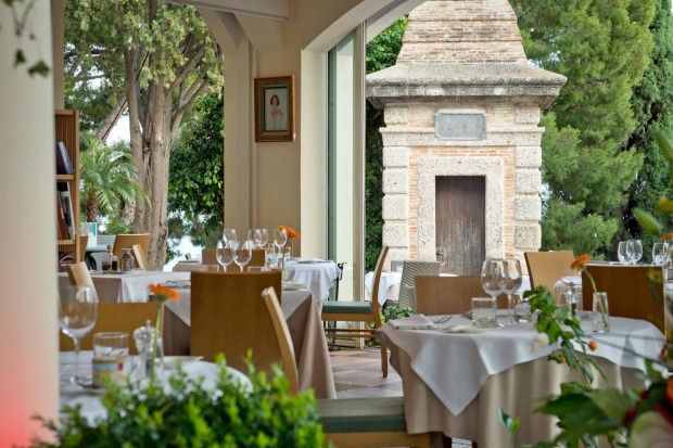 Castelroc: Despite its location on the city walls across the square from the princely palace, this lovely restaurant is ...