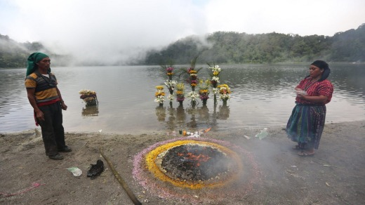 Priests and ceremonies at the shore of the lake contribute to an otherworldly feel.