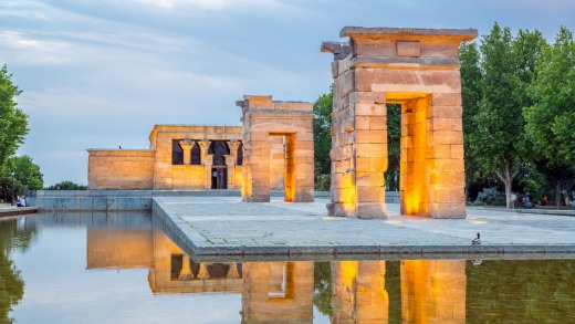 Sunset over the Temple of Debod in Madrid.
