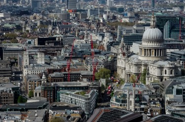 London 10/04/2017 - St Pauls Cathedral, a different point of view.... It is evident Londoners do not like space ...