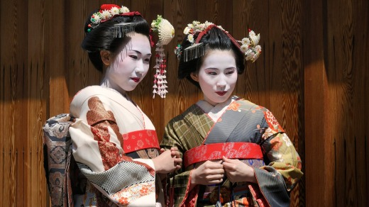Maikos, geishas in training in Kyoto, Japan.