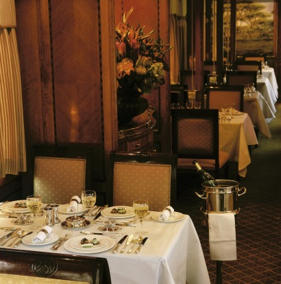 The Blue Train's dining car.