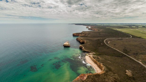 Great Ocean Road and the Shipwreck Coast.