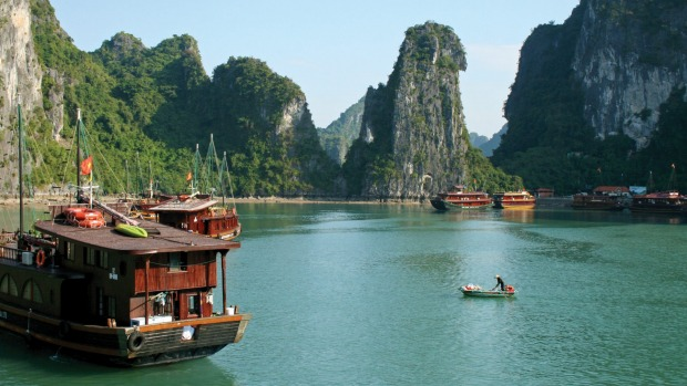 Free flights, save $1000: Vietnam, Cambodia river cruise and tours