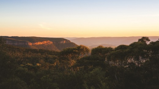See the Blue Mountains by train.