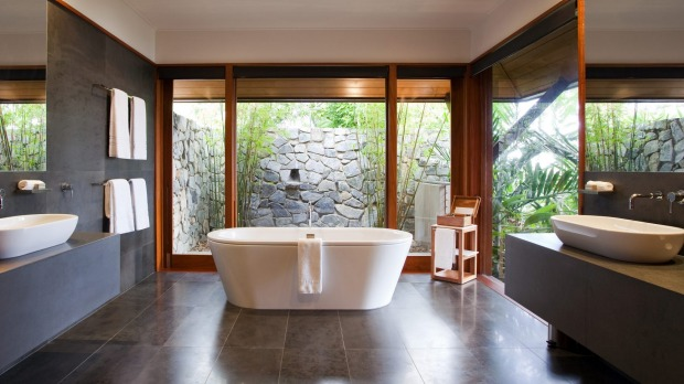 A tub built for two at Qualia.