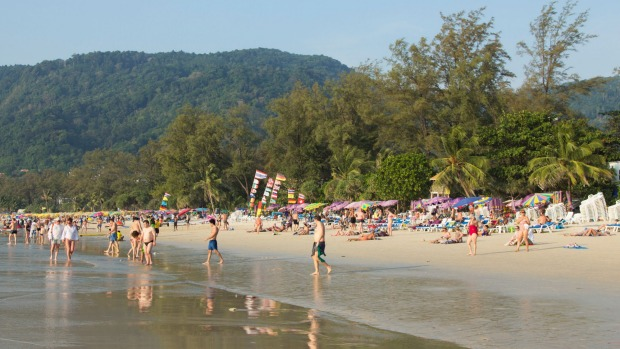 No ifs, no butts - beach smoking in Thailand is banned