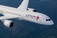 LATAM uses the Boeing 787-9 Dreamliner on its Melbourne route.